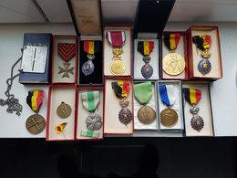 Lot De Diverses Médailles Belges/Belgique - Travail/1ère Et 2ème Guerre Mondiale/Sapeurs Pompiers/plaque Militaire/... - Belgium