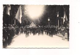 PHOTO Format CARTE POSTALE  COMMEMORATION GUERRE 40 - DE GAULLE - (photo Poulain Flers) - - Flers