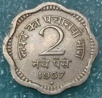 """India 2 Naye Paise, 1957 Mintmark """"♦"""" - Bombay -0617 - Inde"""