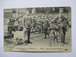 TROUPES ANGLAISES  -  LA MASCOTTE DU REGIMENT     ... T. P.  10        TRES ANIME     TTB - Guerre 1914-18