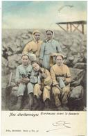 Nos Charbonnages - Hiercheuses Avant La Descente - Mines
