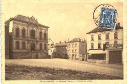 WALCOURT  Grand Place Et L' Hôtel De Ville - Walcourt