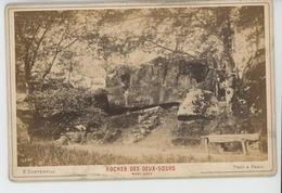FONTAINEBLEAU - Rocher Des Deux Soeurs - Mont Ussy - Cliché Sur Support Cartonné Format Hors Tout  16,5X10,8 CM - Fontainebleau