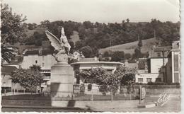 Corrèze :  BORT  Les  ORGUES : Le  Monument   Année  60 - Autres Communes