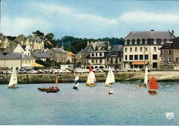 14 - Port En Bessin - CPM Neuve - Hôtel De La Marine - Vue Sur Le Port Et La Mer   - Voir (2 Scans). - Port-en-Bessin-Huppain