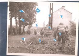 Libin Photo 1940 1945  Route Villance - Libin Troupes US Dans Libin 7.9.44  Designation St-hubert-Libramont Namur-Givet - Libin
