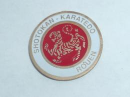 Pin's SHOTOKAN-KARATEDO DE ROUEN - Judo