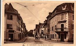 Huningue - Rue Du Général Abbatucci - Café Schnell - Pub Maggi Kub -  !! Une Trace De Pli - Huningue