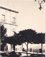CASTROGIOVANNI Sicile 1926 Photo Amateur Format Environ 6,5 Cm Sur 5 Cm ITALIE Hôtel Belvedare - Orte