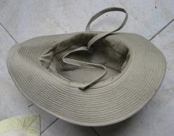 Chapeau De Brousse (surement Période Algérie) - Casques & Coiffures