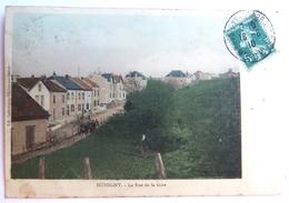 Hussigny - La Rue De La Gare - Colorisée - Autres Communes