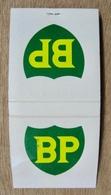 POCHETTE D'ALLUMETTES BP B P CARBURANT ALIMENTATION DE 7H A MINUIT 32 RUE DE MULHOUSE SAINT-LOUIS - Boites D'allumettes