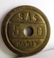 ANCIEN JETON MONETAIRE  50 C :  S.A.S PARIS . JEU DE COMPTOIR - Professionnels / De Société