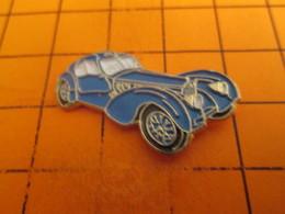 115c Pins Pin's / Rare & TB état / THEME : AUTOMOBILES / VOITURE BLEUE PROBABLEMENT BUGATTI - Pin's