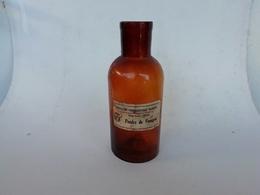 Flacon De Pharmacie Ancien, Verre Soufflé-moulé étiquette D'origine, Old Bottle - Bottles (empty)