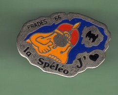 SPELEO *** PRADES 66 *** 1017 - Badges
