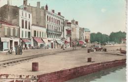 33 - BLAYE - Le Cours Du Port - Blaye