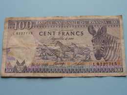 100 - Cent Francs AMARANGA BNKI NASIYONALI Yu RWANDA - L 8227715 > 24-04-1989 ( For Grade, Please See Photo ) ! - Rwanda