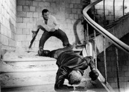 PHOTOGRAPHIE ORIGINALE  LINO VENTURA DANS LE FILM LES AVANTURIERS FORMAT 18 X 13 CM - Photos