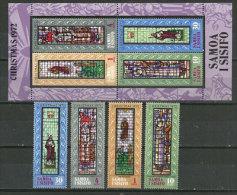 La Nativité Sur Vitraux. Un BF Nr 4 + La Série 315/18 Neufs ** Des îles SAMOA - Vetri & Vetrate