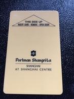 Hotelkarte Room Key Keycard Clef De Hotel Tarjeta Hotel  SHANGRI-LA  SHANHAI PORTMAN CENTRE - Phonecards