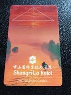 Hotelkarte Room Key Keycard Clef De Hotel Tarjeta Hotel  SHANGRI - LA  ZHONGSHAN - Phonecards
