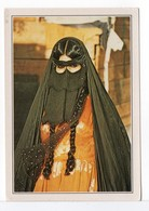 CARTE - JEUNE FEMME - BAHREIN - Asie