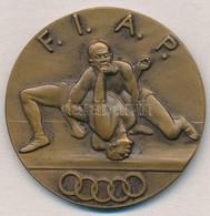 Olaszország  DN 'F.I.A.P.' Br Birkózó érem (38mm) T:1-,2  Italy ND 'F.I.A.P.' Br Wrestler Medal (38mm) C:AU,XF - Coins & Banknotes