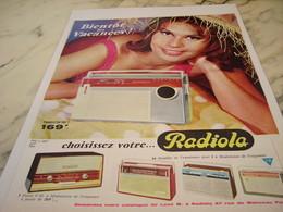 ANCIENNE PUBLICITE BIENTOT LES VACANCES TRANSISTORS RADIOLA  1963 - Plakate & Poster