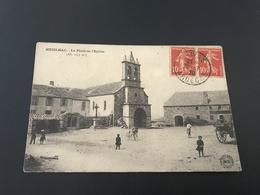 MEZILHAC La Place De L'Eglise - 1920 Timbrée - Sonstige Gemeinden