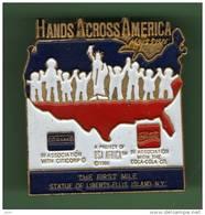 COCA COLA *** HANDS ACROSS AMERICA *** 1021 - Coca-Cola