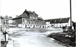 YVES-GOMEZéE   Grand  Place  C  Photo. - Walcourt
