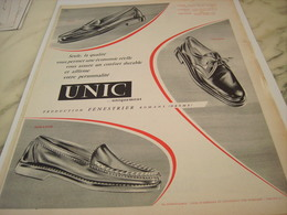 ANCIENNE PUBLICITE QUALITE CHAUSSURE UNIC 1954 - Vintage Clothes & Linen