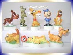Chiens Humoristiques ...Lot De 8 Fèves ...Ref : AFF : 83-2001 ...(Pan 002) - Animals