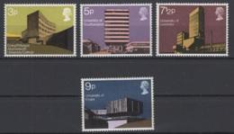 Grande-Bretagne. 1971. Y & T N° 646/49 *, MH. Cote Y & T 2012 : 4 € - Neufs