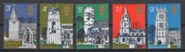 Grande-Bretagne. 1972. Y & T N° 660/64 *, MH. Cote Y & T 2012 : 5 € - Neufs