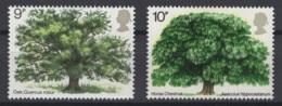 Grande-Bretagne. 1973/74. Y & T N° 678 & 720 *, MH. Cote Y & T 2012 : 1,50 € - Neufs