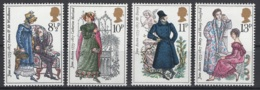 Grande-Bretagne. 1975. Y & T N° 766/69  *, MH. Cote Y & T 2012 : 2,50 € - Neufs