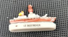 BATEAU LE DESTROYER - FEVE BRILLANTE - - Charms