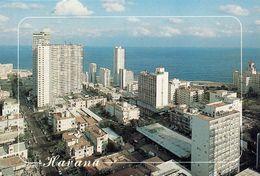 1 AK Kuba * Blick Auf Den Stadtteil Vedado - Das Moderne Zentrum Der Hauptstadt Havanna - Luftbildaufnahme * - Kuba