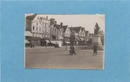 BEAUVAIS - La Place Jeanne Hachette,commerces, Vers 1900 (photo Format 8,8cm X 6cm) - Places