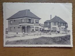 """Sint Idesbald, Villa's """"Larguetout"""", """" Marthe"""", """" Marie Thérèse"""" --> Beschreven (rechterhoek Beetje Geschonden) - Koksijde"""