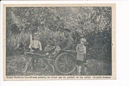 Carte Grand Mutilé Du Travail Sans Pension Ne Vivant Que Des Cartes Postales Je Porte Bonheur ( Attelage à Chien  ) - Croix-Rouge