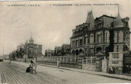 VILLERS-SUR-MER - Rue De Trouville - Promenade Des Planches - Villers Sur Mer