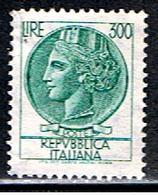 ITALIE 697 // YVERT 1009A // 1968-72 - 1946-.. République