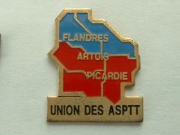 Pin's LA POSTE   - UNION DES ASPTT  FLANDRE ARTOIS PICARDIE - Mail Services