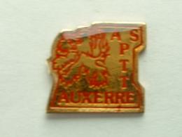 Pin's LA POSTE   - ASPTT AUXERRE - Mail Services