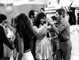 PHOTO ORIGINALE  FILM LA TREVE AVEC DANIEL GELIN CHARLES DENNER ET VIRGINIE VIGNON 24 X 18 CM - Photos