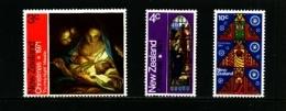 NEW ZEALAND - 1971  CHRISTMAS  SET  MINT NH - Nuova Zelanda