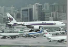 Thai Airways International B777-2D7 HS-TJG At Hong Kong - 1946-....: Era Moderna